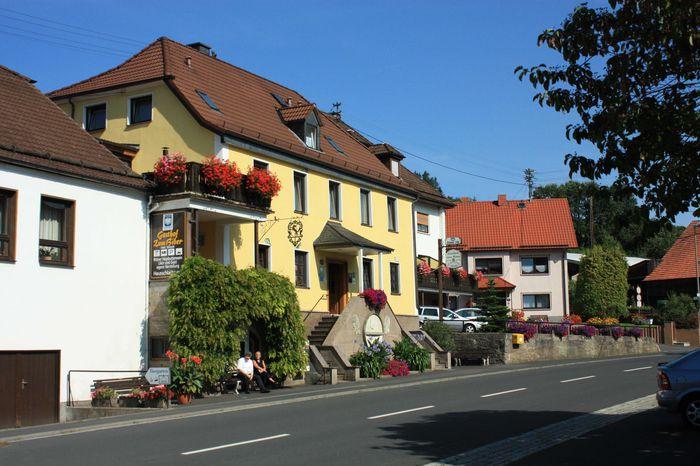 Bild:Hotel Gasthof Zum Biber Hausansicht